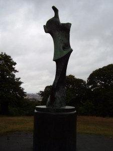 Henry Moore sculpture Man on a Knife Edge